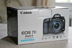 ★ BRAND NEW SEALED CANON 7D MARK 2 18-135 KIT ★ 1YEAR WARRANTY★