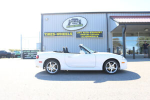 2001 Mazda Miata MX5 - Low KM - Manual Transmission - $10,495