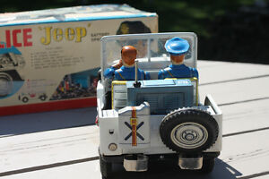 VINTAGE TOY POLICE JEEP Strathcona County Edmonton Area image 5