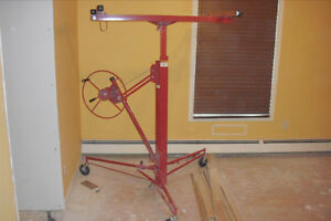DRYWALL HOIST FOR RENT