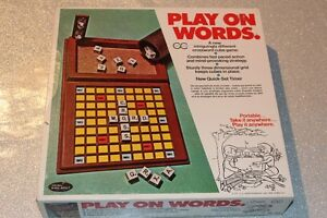 VINTAGE PLAY ON WORDS CROSSWORD GAME GREAT CONDITION! COTTAGE!
