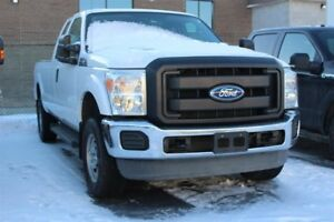 Ford Super Duty F-250 SRW SuperCab ** Boite 8 PIED ** GAS 2011