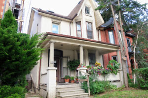 GORGEOUS ONE + DEN BEDROOM IN TRINITY BELLWOODS VICTORIAN
