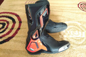 Dainese boots size 7