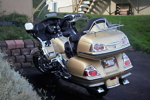 FOR SALE: HONDA GOLDWING