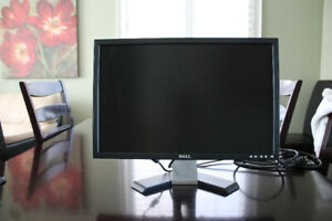 """Dell 22"""" Wide Screen Flat Panel Monitor"""