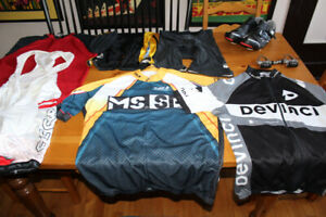 LARGE PACK Shoes 46 105 pedals BIBS Jerseys MAILOTS shorts L