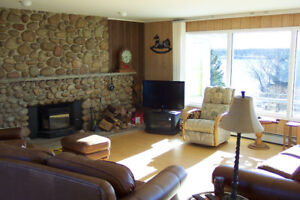 WINTER Special RATES - Oceanfront Cozy FIRESIDE