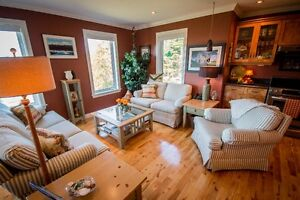 NEW PRICE! Rancher in Paradise | $609,900 | Stunning Ocean Views St. John's Newfoundland image 11