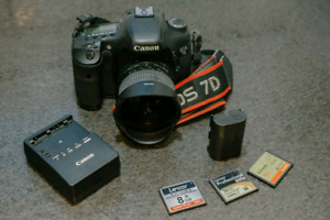Canon 7D DSLR w/ fisheye + battery grip