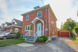 Open House Sunday! 3+1 Bdrm with Inlaw Suite Potential!