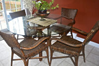 Pier 1 Kitchen Table and Chairs