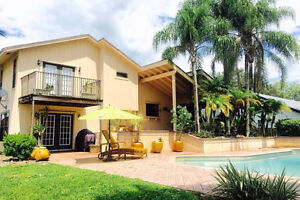 Maison  3 étages avec piscine et grand jardin  Jupiter-Tequesta