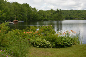 HOUSE ON THE LAKE - DOUBLE LOT - WATER FRONTAGE