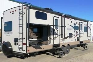 2017 ROCKWOOD 8312SS - Travel Trailer