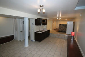 Central Bachelor $995 all inclusive - Avai March 1st
