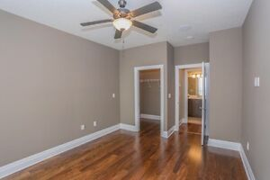1 BDRM PENTHOUSE WITH DEN- North london London Ontario image 10
