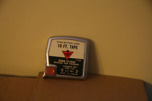 VINTAGE CANADIAN TIRE TAPE MEASURE