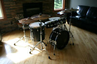 Professional Pearl E-pro Electronic drumset with zildjian gen 16