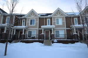Townhouse in Windermere!