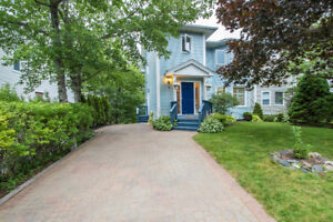 Pristine home w/ gorgeous updates - 4 BDR$369,900.00