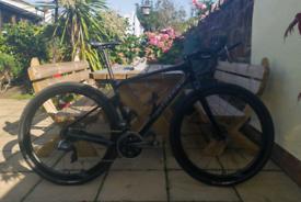 Giant Revolt Advanced Pro 0 Medium 2020 Gravel Bike Sram Force AXS