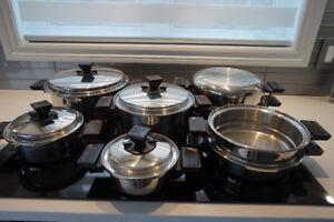 Batterie de cuisine 16 mcx - acier 19-9, 3 plis (fait au Canada)