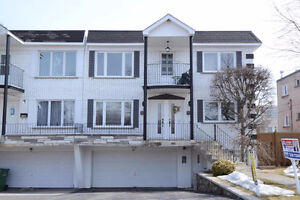 6.5 in a duplex, with basement and garage, Pierrefonds