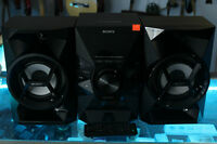***LIKE NEW*** Sony MHC-EC619iP Lightning Dock Stereo CD System
