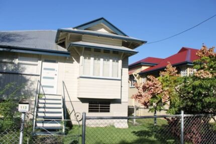 Air conditioned, close to transport/ shops, free internet Wooloowin Brisbane North East Preview