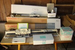 Singer Mod 580 Electronic Knitting Machine ++ Many Accessories