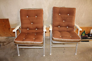 Set of 4 patio chairs - $40.00