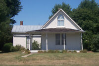 LOOKING FOR FIXXER UPPER HOUSE IN OR AROUND THUNDER BAY