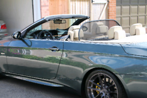 2009 BMW 335i convertiable Nav clean and well maintained