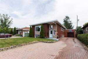 Duplex in Vanier with a 50' x 100' lot and zoned R4 - WOW!