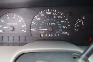 1998 Ford Windstar Minivan with hitch and trailer Kitchener / Waterloo Kitchener Area image 2