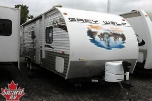 2012 FOREST RIVER GREY WOLF 28BH