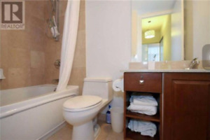 Furnished 2 bed + 1 den + 2 bath DOWNTOWN Toronto condo for rent