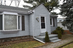 A+++  House Close to Lakshore for Lease