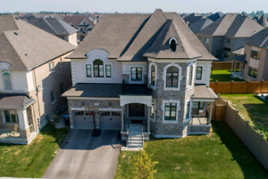 Luxury Home For Sale In Brampton