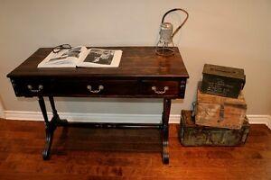 Console ou bureau antique