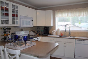 Mint Move-in Condition Bungalow, N/gas heat, Near Sandy Beach