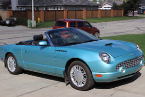 MUST SELL 2002 FORD THUNDERBIRD CONVERTIBLE WITH LOW KILOMETRES