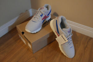 (Price Negotiable) BRAND NEW Reebok Rapide MU