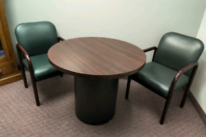 DESK & CHAIRS FOR SALE