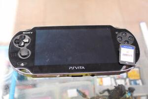 Sony PS Vita PCH-1001 System Console w/Fifa 14 game