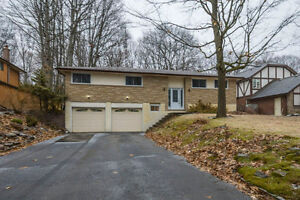 OPEN  HOUSE Sun Mar 26, 12-1:00pm! $324,900 - 156 Pine Hill Cres