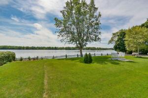 Maison à louer au bord de l'eau à Laval