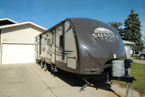 2012 Crossroads Sunset Trail with Bunkhouse! REDUCED!