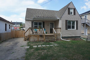 Multi-family Duplex for Sale in Welland